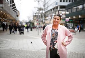 Södertälje centrumförenings ledare Nina Dahlström tror att Södertälje har stor potential att bli en levande stadskärna där folk vill stanna kvar dygnet runt.