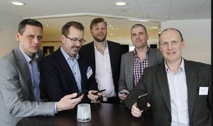 Så här såg det ut för två år sedan när operatörerna var samlade i Östersund för att tillsammans med det allmänna finna lösningar på bättre täckning där marknaden inte fungerar. Patrik Nilsson tvåa från höger.
