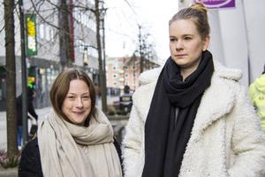 Emelie och Amanda träffades första gången på Västmanlands sjukhus ätstörningsenhet 2011.  Som minst kunde en dags matintag bestå av ett äpple, plus mängder av kaffe och cigaretter för att hålla hungern borta.