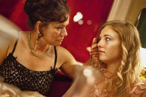 """""""Call Girl"""" med bland andra Pernilla August i rollistan är stor favorit inför Guldbaggegalan."""