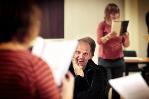 Regissör Mats Sandelius.
