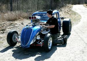 Motorn i bilen är från 1957 och har 500 hästkrafter.