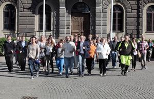 Sverigedemokraterna har satt upp namn på valsedeln. Men flera av personerna vet inte om att de finns med.