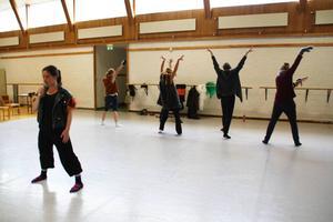 Under torsdagen övades det både på sång och dans.