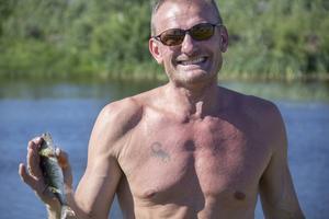 Även Thomas Wandin fick en fisk tidigt in i tävlingen.