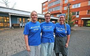 Matlagarna flyttar till Hagalund. Kicki Ekström, mamma Kerstin Gröning och Mimmi Gröning hälsar matkunderna välkomna till Hagalundshuset. Foto: Johnny Fredborg