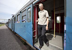 Tågentusiasten Ove Wahlgren, är medlem i Järnvägsmusei Vänner och var självklart på plats när pendeltåget rullade in på spår 1.