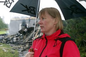 Ulrika Stockhaus har drivit restaurangen Falamål i snart tre år, nu finns bara sot och aska kvar.