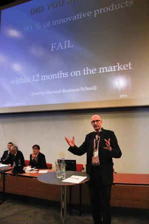 Innovationsarkitekt kallar sig Joachim von Heimburg. Han säger att de företag som spelar för att inte förlora i praktiken redan gjort det. Det gäller att sikta på vinst.