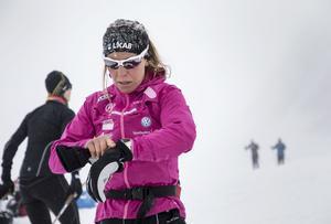 Charlotte Kalla på träningsläger i Val Senales i italienska Sydtyrolen.