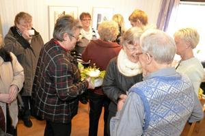 På måndag öppnar åter distriktssköterskemottagningen i Vretstorp. På gårdagens invigning fylldes lokalen av glada Vretstorpsbor, förtroendevalda och personal från kommunens vård och omsorg.
