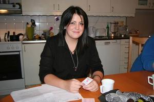 Förtroendet för vården har fått sig en törn efter händelserna på Östersunds sjukhus, säger Jhenny som själv studerar till undersköterska.