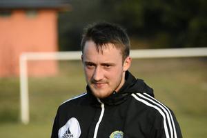 Smajl Suljevic tar plats i startelvan för GIF Sundsvall mot Djurgården.