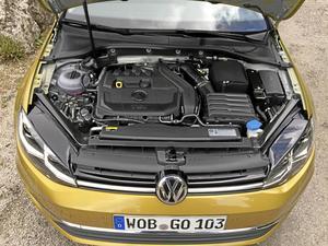 Den stora nyheten är bensinmotorn med cylinderavstängning. En teknik som Volkswagen tog fram för fem år sedan och som är starten på en nyu motorgeneration med lägre förbrukning och utsläpp.