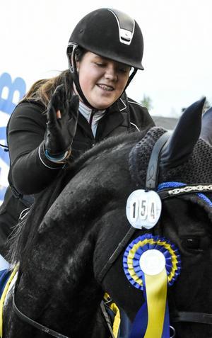 Amanda Bååth – SM-guldvinnare tillsammans med Miskaun Harvey,.