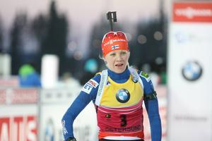 Kaisa Mäkäräinen var trea i sprint, vann jaktstarten och har fått en fin inledning på sin skidskyttesäsong.