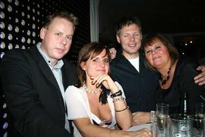 Pluto. Jens, Marianne, Joakim och Lotta