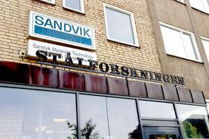 Drygt 200 personer jobbar i dag på Stålforskningen i Sandviken.