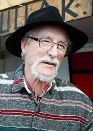 Yngve Eriksson, 78 år, Brunflo:– Det vet jag väl  inte. Men det kan inte vara något fel i det.