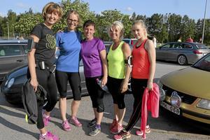 Sagobackens personal i startgroparna. Från vänster Petra Johansson, Victoria Jacobsson, Maria Olsén, och Carina Olofsson med dottern Wilma Davidsson.