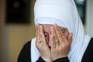 Ghader Nema gråter när hon tänker på familjens farliga resa, och på läget i Syrien.