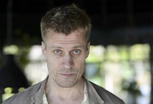 Jens Hultén är aktuell i