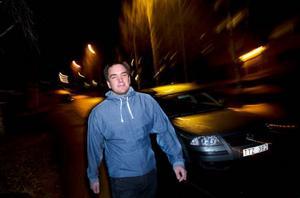 – Jag funderade om de hade rätt men man litar ju på polisen och tror att de har rätt när de säger att man kört för fort, säger Daniel Hallström från Frösön som kört strax över 50 kilometer i timmen och därför – på ett felaktigt sätt – blivit av med sitt körkort.