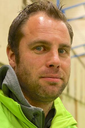 Erik Albinder, skidskyttetränare.