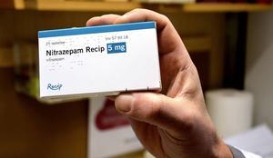 Nitrazepam: Kan orsaka dagtrötthet, minnesstörningar och fall.