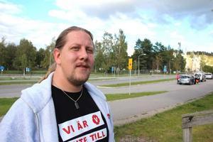 Patrik Liljeglöd och vänsterpartiet säger nej till en fortsatt utredning om skid-VM i falun 2025.