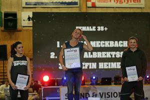 I damernas +35-klass vann Maria Meckbach (mitten) före tvåan Jonna Albrektsson (till höger) och trean Josefin Heimer (till vänster).
