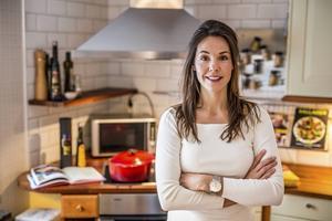 Initiativtagaren till Culture Kitchen i Örnsköldsvik, Eva Jilkén, hoppas att middagarna ska samla människor från olika kulturer och bli en hjälp i integrationen av nyanlända.