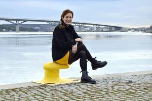 Laila Bergström ska lotsa fram de inflyttare som arbetsgivare rekryterar när det gäller allt från boende till förskolor och fritidsintressen.
