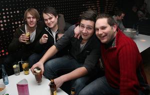 Pluto. Kristian, Anders, Simon och Niklas