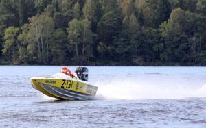 Full fart. Anders Block från Västerås tog NM-guld i båtracing ¿i helgen.Foto: Privat