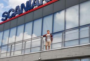Thom Flodqvist är tillbaka i Scaniarinken, platsen där han växte upp som hockeyspelare.