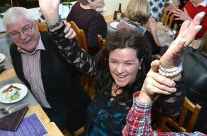 Birgit Åslund Jonsson kände sig som en vinnare den känslosamma kvällen när Stefan Nykvist och Larz Kristerz gick skilda vägar. Hon hörde till dem som fixade biljetter direkt till sig och de närmaste kompisarna.