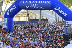 Médoc Marathon lockar löpare från hela världen.