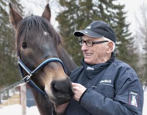 Arne Andersson med sin älskade Stamping.