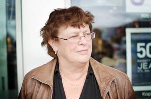 Debora Thomassen, Torvalla: – Nej jag är inte ett dugg intresserad. Jag har funderat på att gå ur kyrkan.