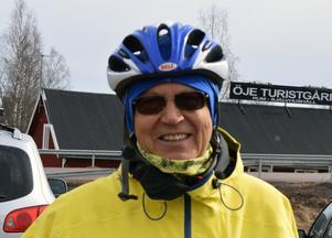 Bertil Konradsson, klädd för vintercykling.
