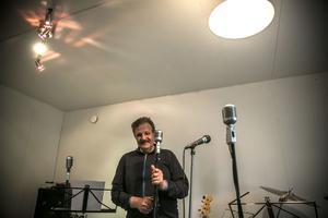 Ulf Horn har en egen 1960-talsstudio där han och polarna har ett eget band.