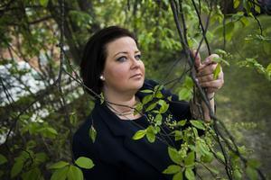 Erika Howcroft är alltid på sin vakt när hon är ute i naturen.