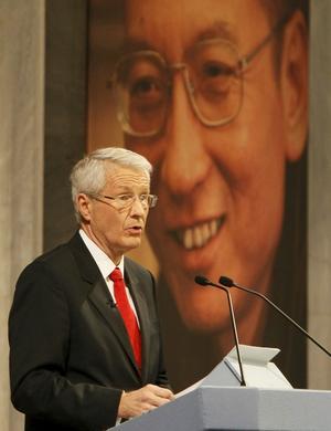 Tom stol. Ordföranden i Oslos Nobelkommitte Thorbjörn Jagland talar, men fredspristagaren Liu Xiaobo fick inte komma.foto: scanpix