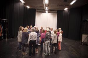 På fredag uppträder Mozaik på Gamla teatern med Kongero och Massivet.