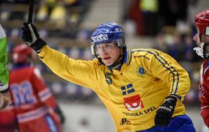 Erik Pettersson gjorde två mål på Ryssland.