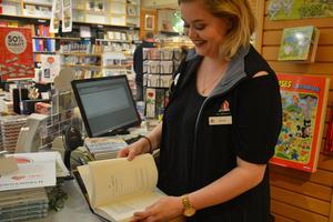 Alexandra Jansson  läste ut den nya boken på tre timmar.
