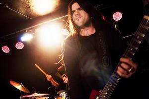 Andreas Vaple driver rockklubben Wasteland i Gävle och spelade i Ljusdal tillsammans med bandet Stout.