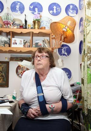 Sally Molin-Larsson undrar hur politikerna har tänkt. Höjningen av färdtjänsttaxan slår hårt mot de svagaste.