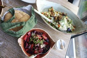 Israelisk-libanesisk meny på nyöppnade Neni.   Foto: Anders Pihl
